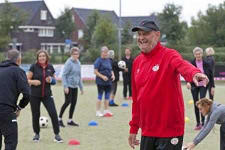 Succesvolle start OldStars walking korfball met goed opgeleide trainers